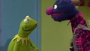 Kermit und Grobi, der Klempner © NDR/Sesame Workshop Foto: screenshot