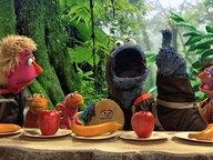 Krümelmonster würde gerne eine Banane essen. © ndr/ sesame workshop