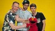 Die Band Deine Freunde mit Elmo © NDR/ Thorsten Jander Foto: Thorsten Jander