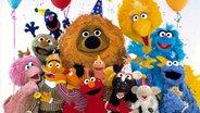 Die Sesamstraßen-Bewohner feiern © NDR/Sesame Workshop
