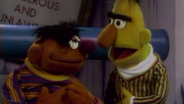 Ernie und Bert © NDR/Sesame Workshop Foto: screenshot